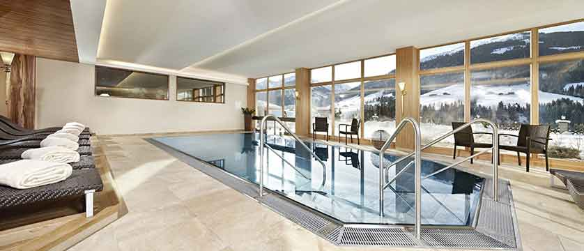 Austria_Alpbach_Hotel-Alpbacherhof_Indoor-pool.jpg